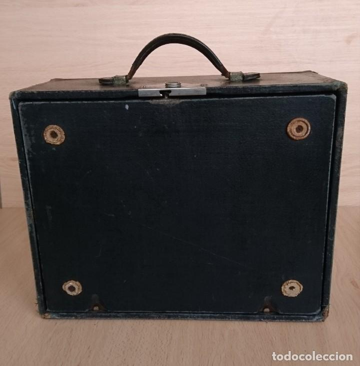 Antigüedades: Máquina escribir UNDERWOOD modelos 3B - Foto 16 - 193615723