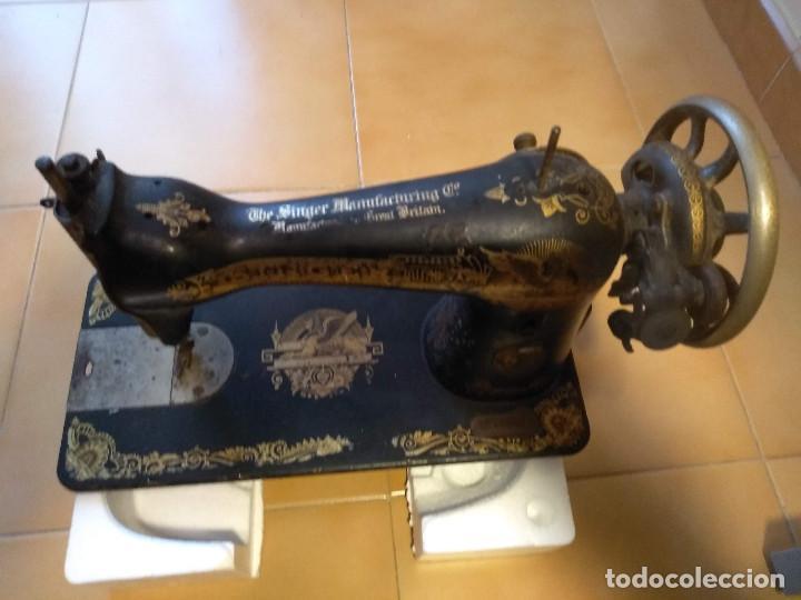ANTIGUA MAQUINA DE COSER SINGER F7378770 DE 1917 DECORACION ANTIGUO EGIPTO (Antigüedades - Técnicas - Máquinas de Coser Antiguas - Singer)