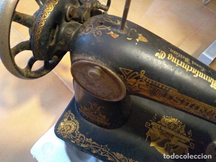 Antigüedades: Antigua maquina de coser Singer F7378770 de 1917 DECORACION ANTIGUO EGIPTO - Foto 5 - 193620631