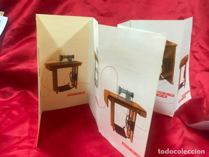 Antigüedades: antiguo catálogo maquinas para coser y bordar wertheim, dif. modelos y muebles, desplegable 8 hojas - Foto 4 - 193648111