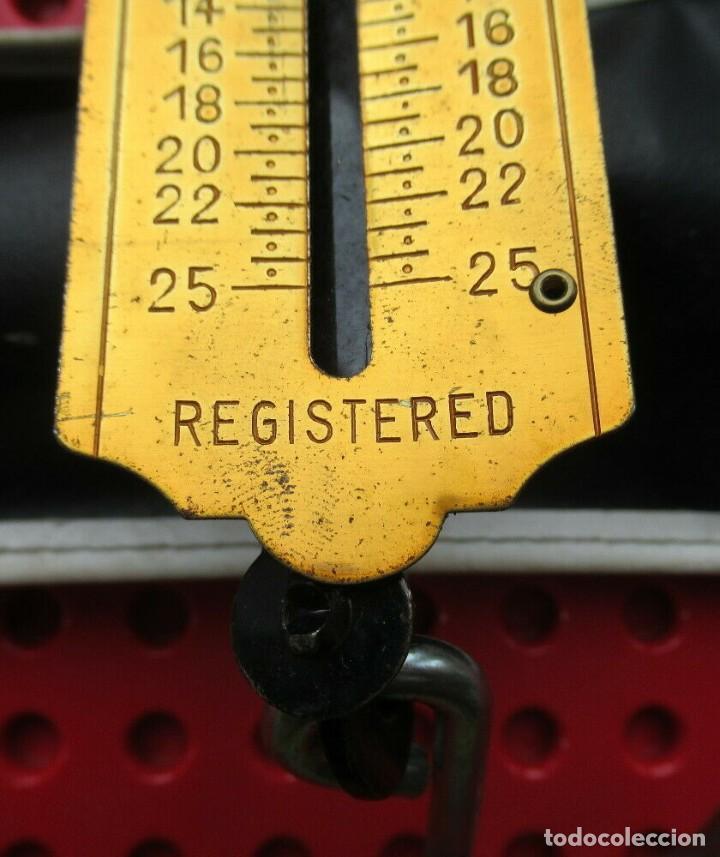 Antigüedades: Antigua bascula de muelle alemana. Pocket Balance. Made in Germany. Hata 25 kilos con su estuche - Foto 5 - 193694371
