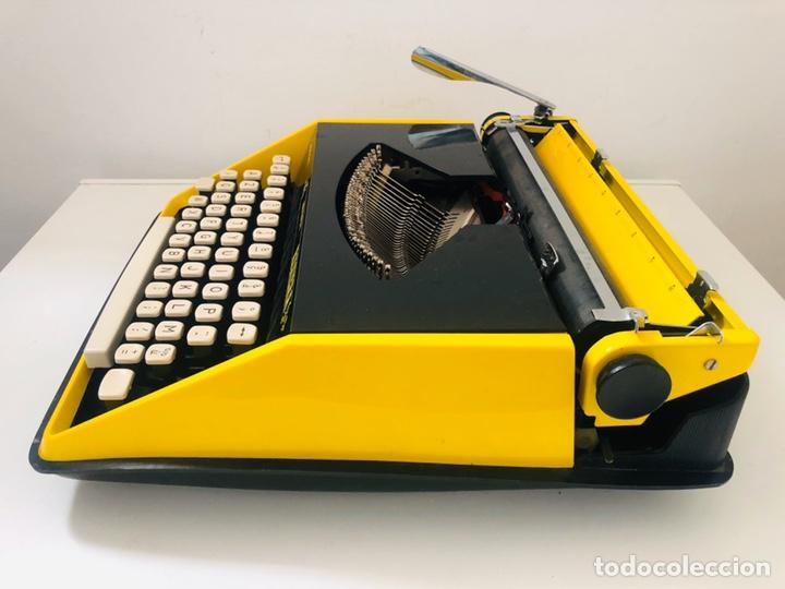 Antigüedades: Remington Riviera 1969 Typewriter - Foto 12 - 193714686