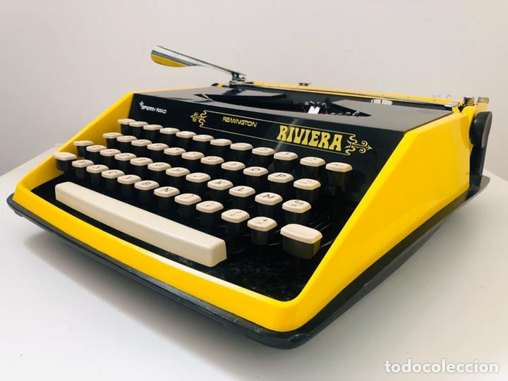 REMINGTON RIVIERA 1969 TYPEWRITER (Antigüedades - Técnicas - Máquinas de Escribir Antiguas - Remington)