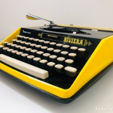 Antigüedades: REMINGTON RIVIERA 1969 TYPEWRITER. Lote 193714686