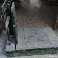 Antigüedades: BÁSCULA DE GRAN TONELAJE. Lote 193821975