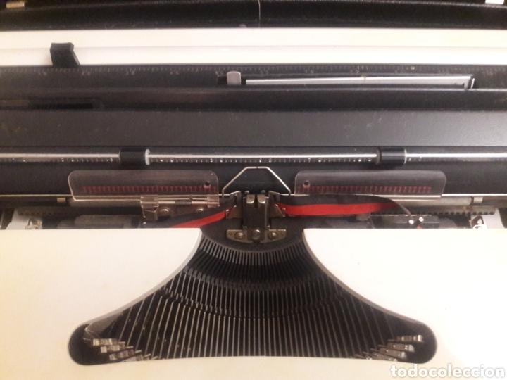 Antigüedades: maquina de escritura erika - Foto 8 - 193860227
