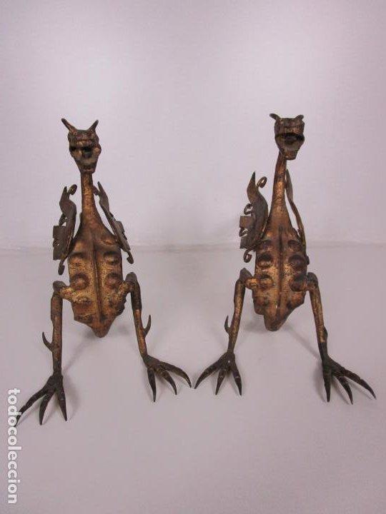 Antigüedades: Preciosa Pareja de Morillos - Dragones - Hierro Forjado y Dorado - Principios S. XX - Foto 2 - 193937798
