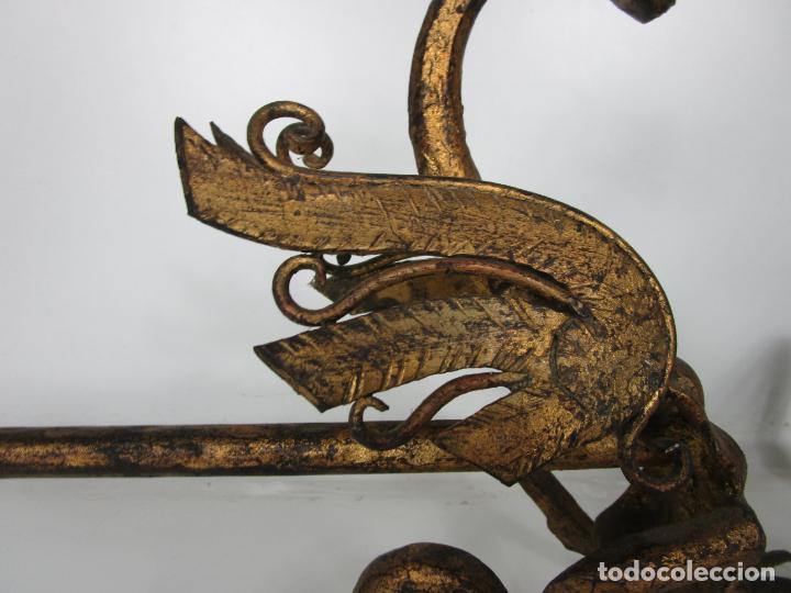 Antigüedades: Preciosa Pareja de Morillos - Dragones - Hierro Forjado y Dorado - Principios S. XX - Foto 10 - 193937798