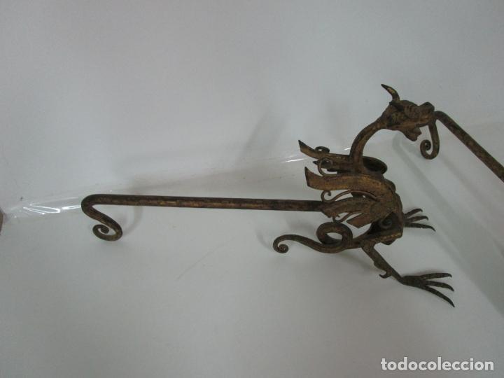 Antigüedades: Preciosa Pareja de Morillos - Dragones - Hierro Forjado y Dorado - Principios S. XX - Foto 15 - 193937798
