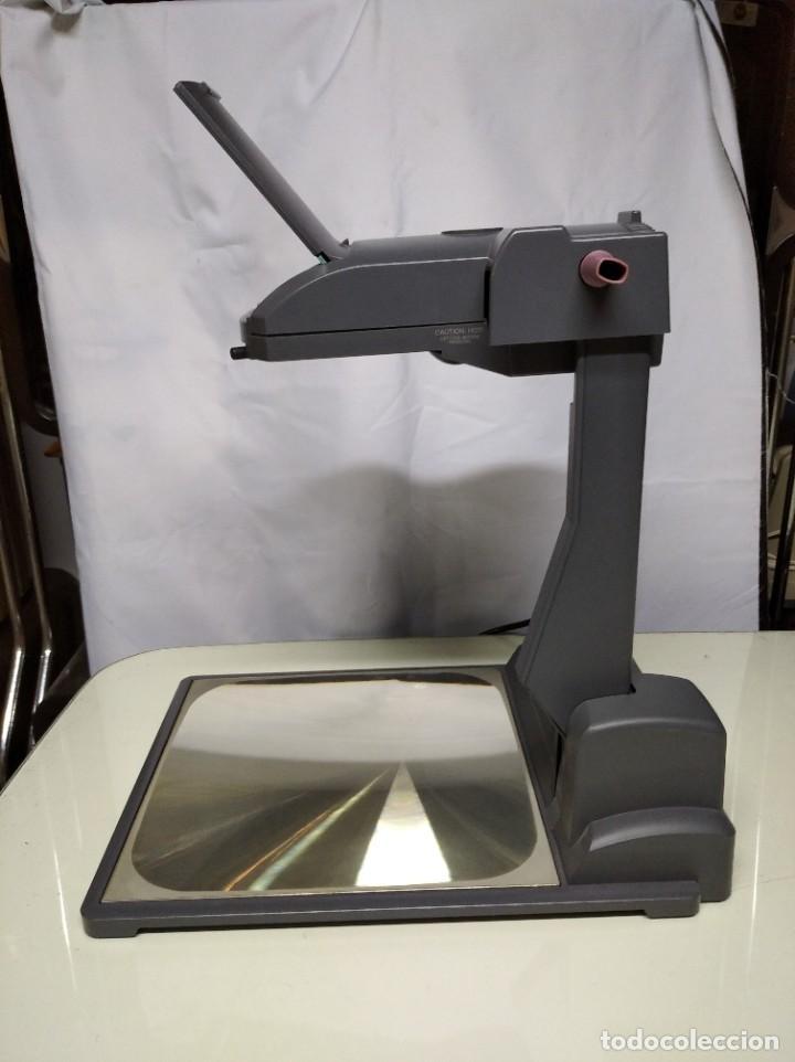 Antigüedades: Proyector de transparencias M3 2770 Overhead Projector. Funcionando. - Foto 4 - 193962105