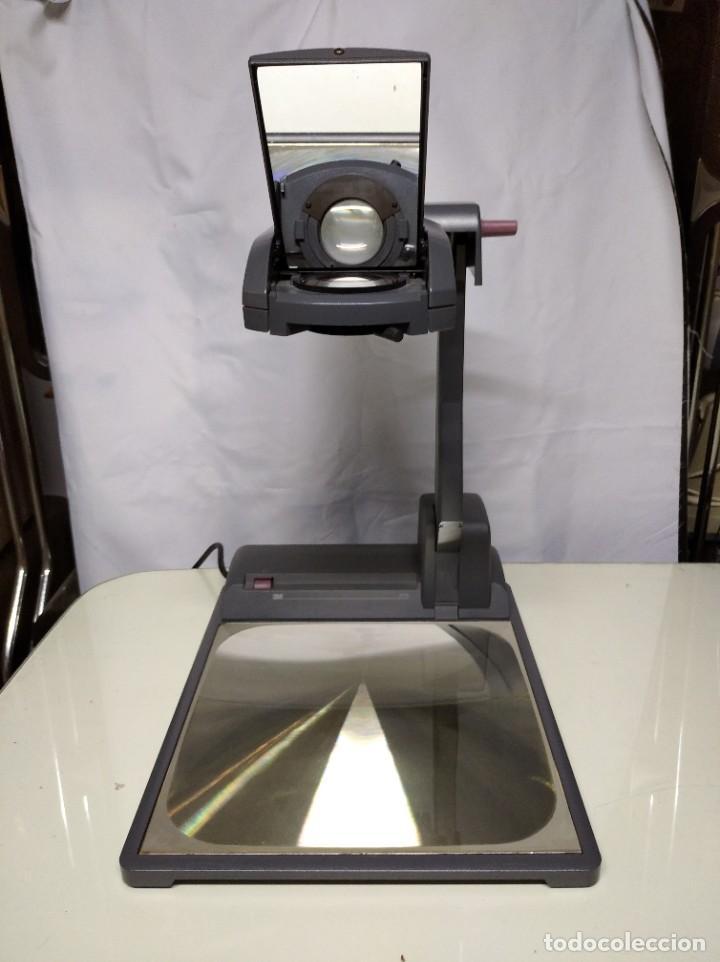 Antigüedades: Proyector de transparencias M3 2770 Overhead Projector. Funcionando. - Foto 3 - 193962295