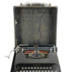 Antigüedades: MAQUINA DE ESCRIBIR CORONA STERLING AÑO1935 TYPEWRITER. Lote 193969215