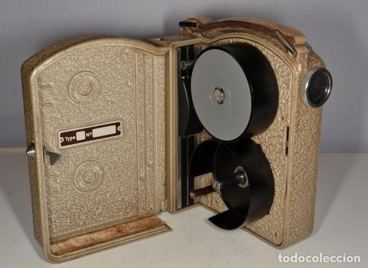 Antigüedades: Cámara de cine a cuerda marca Camex Ercsam - ref. 1668/3 - Foto 11 - 193996151