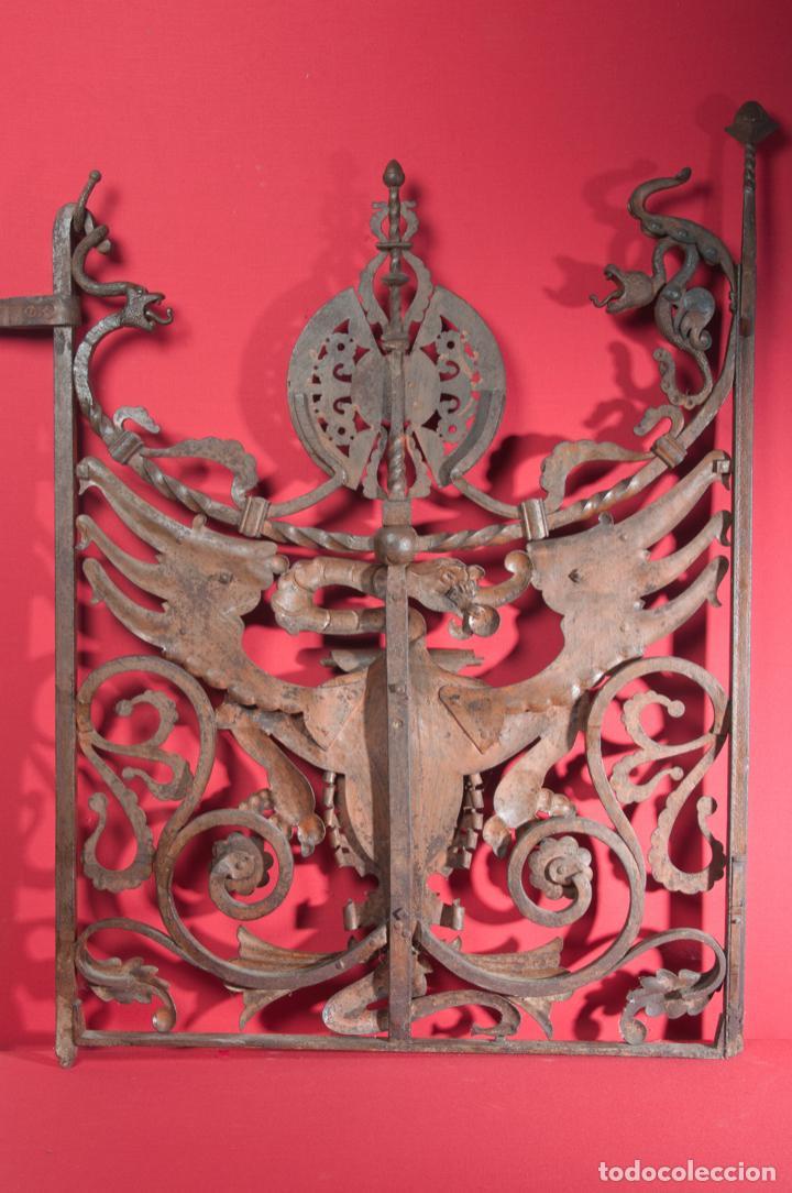 Antigüedades: EXTRAORDINARIA PIEZA DE MUSEO - PUERTA EN HIERRO FORJADO, CIRCA 1800 - Foto 4 - 194007891