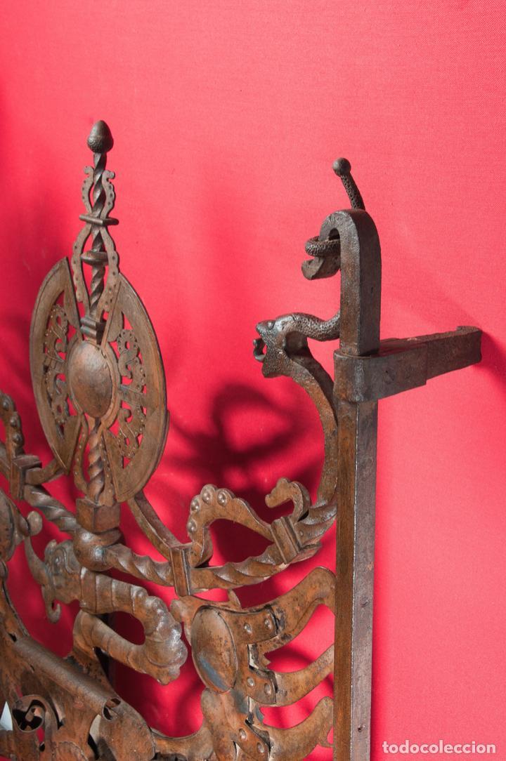 Antigüedades: EXTRAORDINARIA PIEZA DE MUSEO - PUERTA EN HIERRO FORJADO, CIRCA 1800 - Foto 8 - 194007891