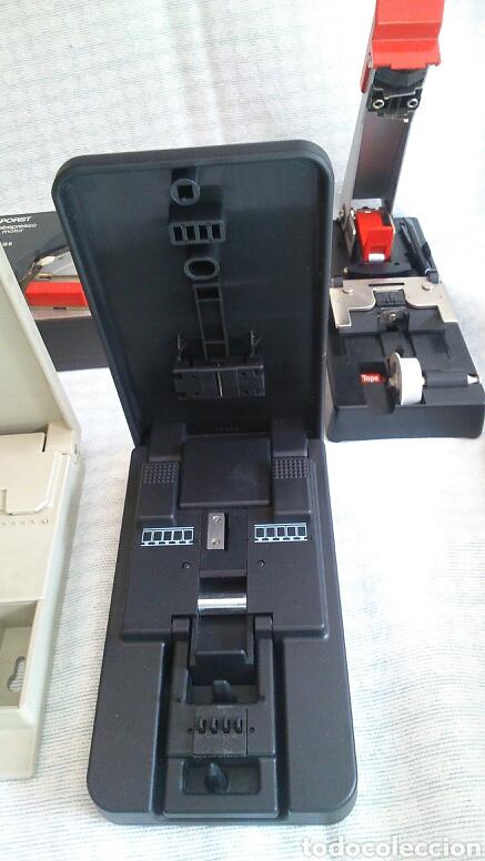 Antigüedades: Lote de máquinas para cortar peliculas super 8 - Foto 2 - 194124918