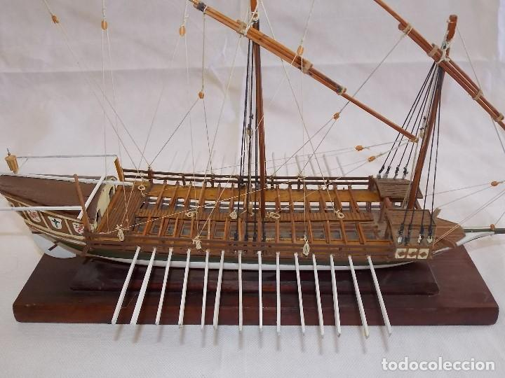 Antigüedades: MAQUETA BARCO REMOS NAVIO GALERA EN MADERA - Foto 3 - 194134243