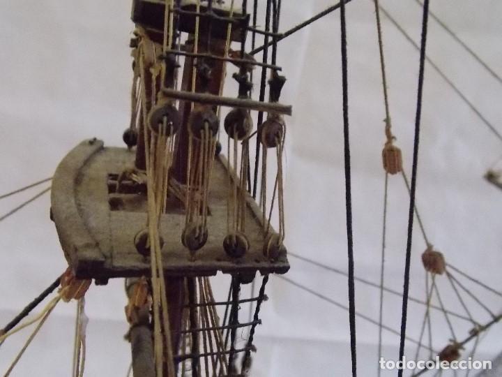 Antigüedades: MAQUETA BARCO NAVIO GALEON MILITAR EN MADERA - Foto 10 - 194136468