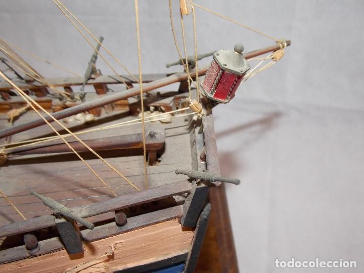 Antigüedades: MAQUETA BARCO NAVIO GALEON MILITAR EN MADERA - Foto 14 - 194136468