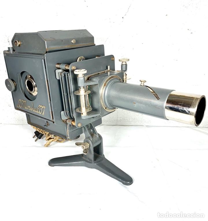 Antigüedades: Raro y antiguo proyector linterna mágica francés Le Mondial 37 - epidiascopio opacos - Foto 2 - 194152198