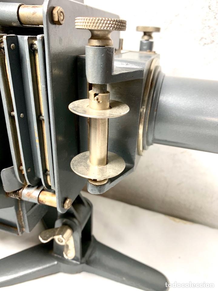 Antigüedades: Raro y antiguo proyector linterna mágica francés Le Mondial 37 - epidiascopio opacos - Foto 7 - 194152198