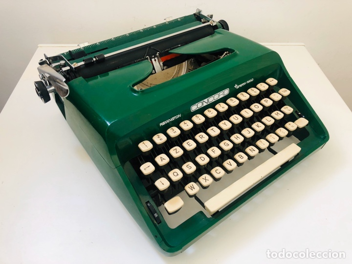 Antigüedades: Remington Concord 1969 Typewriter - Foto 2 - 194203337