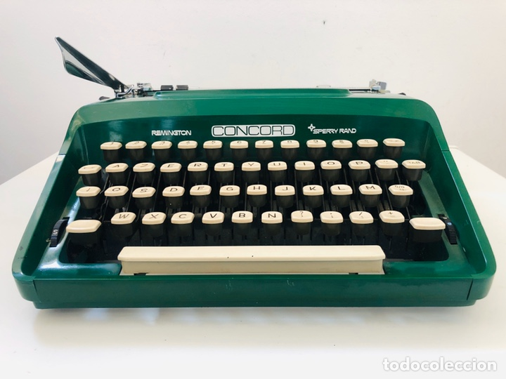 Antigüedades: Remington Concord 1969 Typewriter - Foto 3 - 194203337