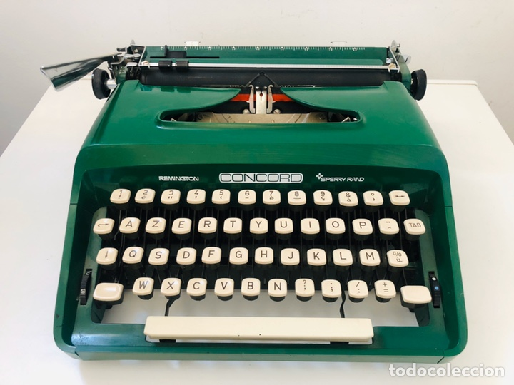 Antigüedades: Remington Concord 1969 Typewriter - Foto 4 - 194203337
