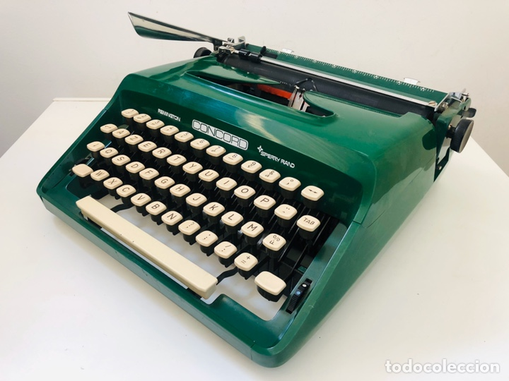 Antigüedades: Remington Concord 1969 Typewriter - Foto 6 - 194203337