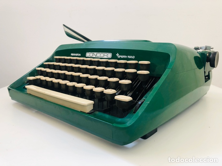 Antigüedades: Remington Concord 1969 Typewriter - Foto 7 - 194203337