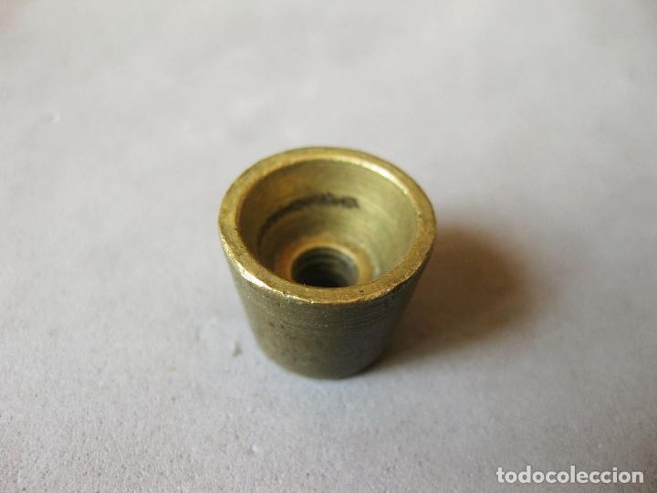 PEQUEÑO PESO DE 10 GRAMOS DE BALANZA (Antigüedades - Técnicas - Medidas de Peso - Ponderales Antiguos)