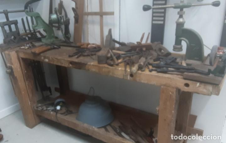 Antigüedades: Banco de trabajo para carpintero, ebanista. Años 60. Magnífico complemento de taller. - Foto 3 - 194265052