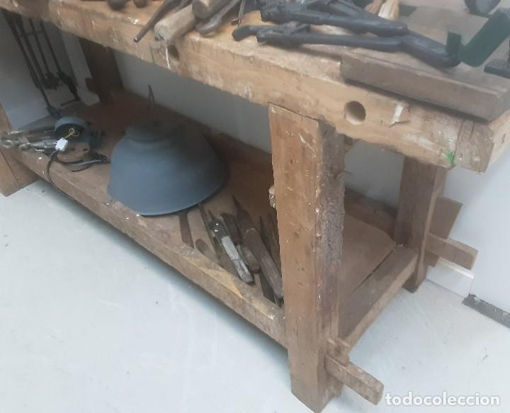 Antigüedades: Banco de trabajo para carpintero, ebanista. Años 60. Magnífico complemento de taller. - Foto 4 - 194265052