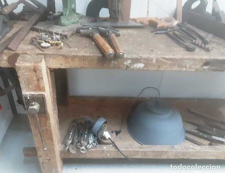 Antigüedades: Banco de trabajo para carpintero, ebanista. Años 60. Magnífico complemento de taller. - Foto 5 - 194265052