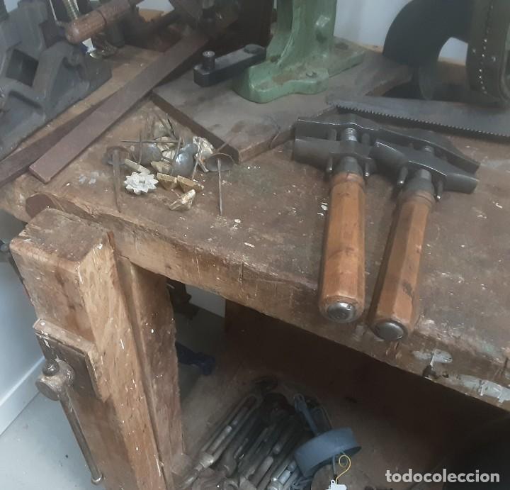 Antigüedades: Banco de trabajo para carpintero, ebanista. Años 60. Magnífico complemento de taller. - Foto 6 - 194265052