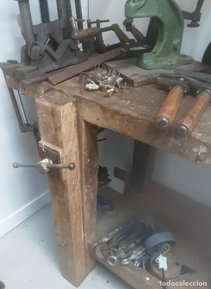 Antigüedades: Banco de trabajo para carpintero, ebanista. Años 60. Magnífico complemento de taller. - Foto 7 - 194265052