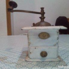 Antigüedades: BONITO MOLINILLO DE CAFÉ DE MADERA SIGLOXIX . Lote 194304903