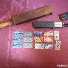Antigüedades: ANTIGUO LOTE BARBERO:NAVAJA,AFILADOR DE CUERO Y CUCHILLAS VARIAS DIFERENTES MODELOS,VER FOTOS.. Lote 194332648