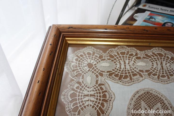 Antigüedades: PAÑUELO DE CAMARIÑAS ENMARCADO - Foto 7 - 194393297