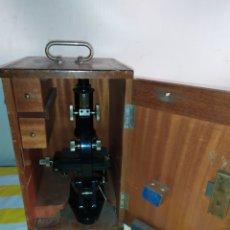 Antigüedades: IMPRESIONANTE MICROSCOPIO BINOCULAR PARÍS SIGLO XIX. Lote 194678798