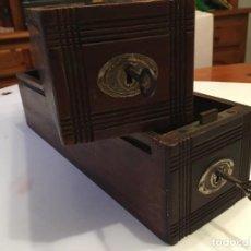 Antiquités: CAJONES PARA RESTAURAR MAQUINA DE COSER,2 CAJONES CON LLAVE. Lote 194713066