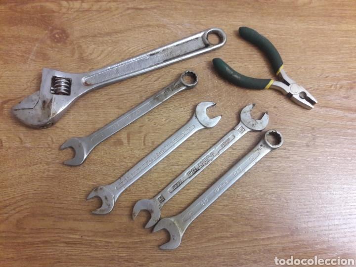 LOTE DE FIJAS (Antigüedades - Técnicas - Herramientas Profesionales - Mecánica)