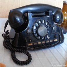 Teléfonos: TELÉFONO AÑO 1952 EN BAQUELITA Y METAL. CENTRALITA. FUERTE Y PESADO.. Lote 194862666