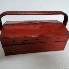 Antigüedades: CAJA DE HERRAMIENTAS VINTAGE HECO. Lote 194894313