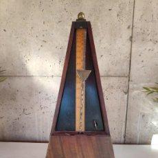 Antigüedades: METRÓNOMO DE MADERA. Lote 194960717
