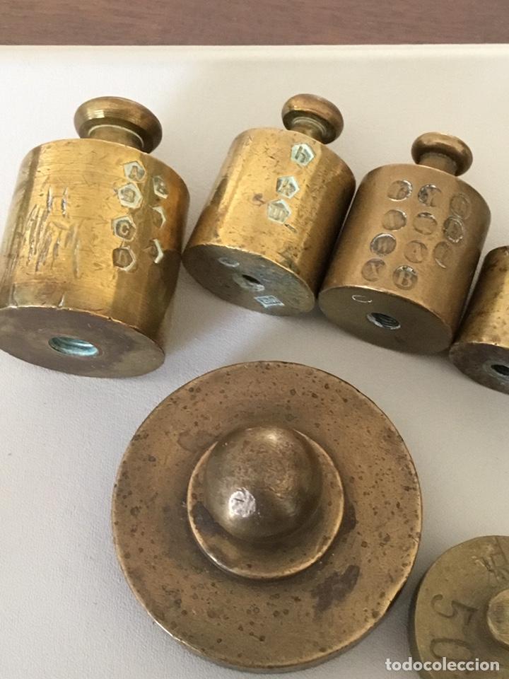 Antigüedades: Juego lote de Pesas, ponderales, bronce macizo con sus sellos - Foto 7 - 182912922