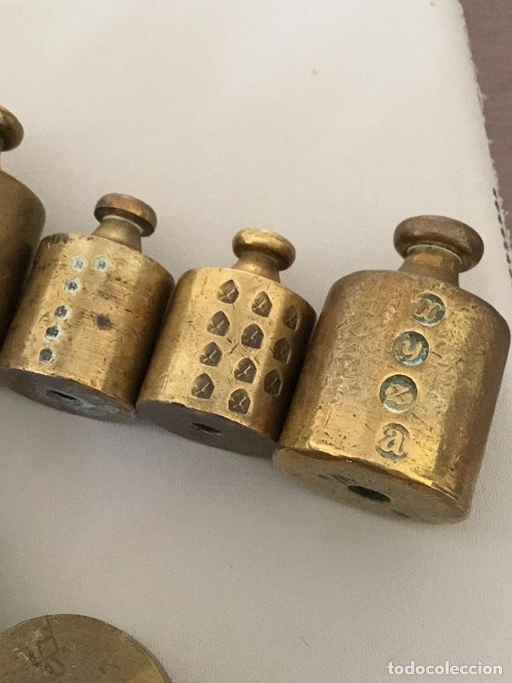 Antigüedades: Juego lote de Pesas, ponderales, bronce macizo con sus sellos - Foto 9 - 182912922