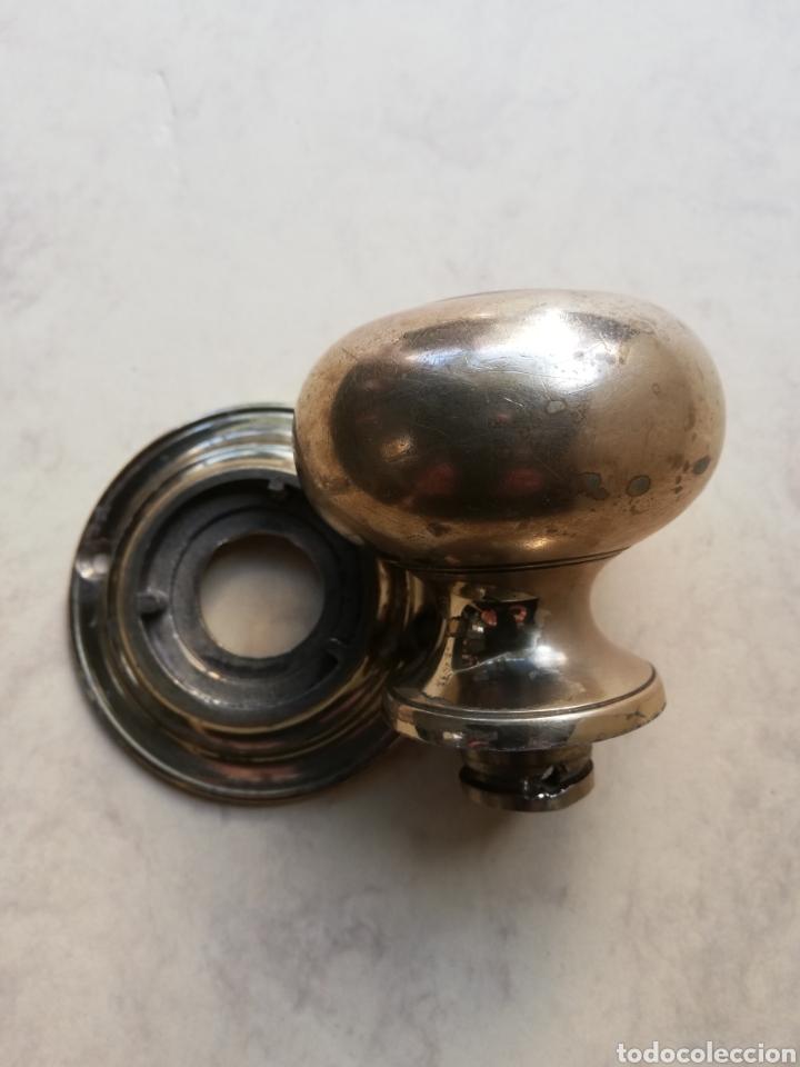 Antigüedades: Antiguo tirador de latón - Foto 2 - 195080522