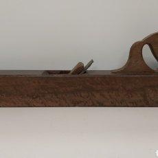 Antigüedades: CEPILLO GARLOPA 65CM. Lote 195120245