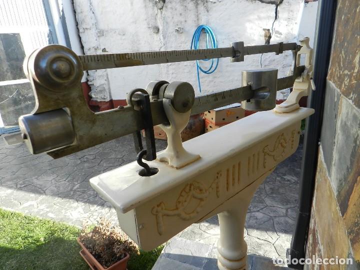 Antigüedades: BASCULA DE FARMACIA AÑO 1920 - Foto 10 - 195169678